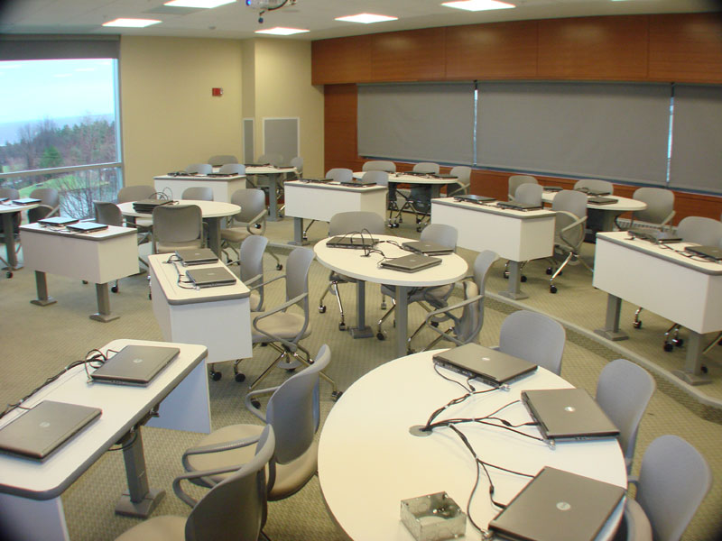 ithaca college computer lab coppin state university classroom unlv    College Computer Classroom