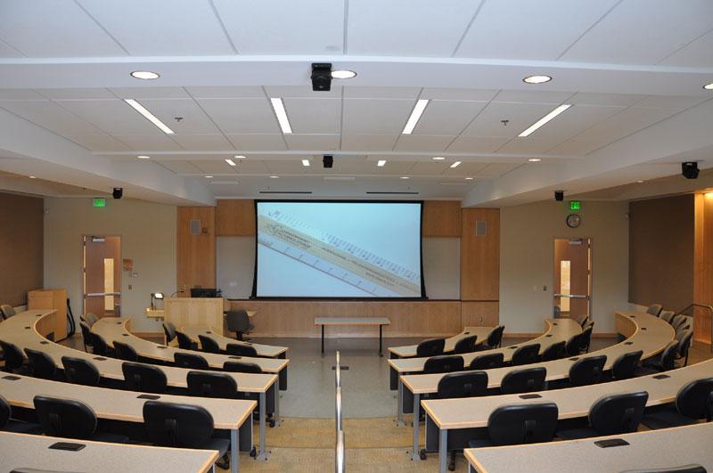 Sala de Aulas Towson-University-CLA-Classroom-21